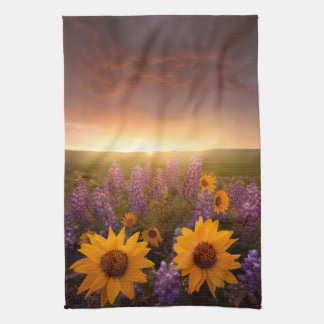Sunset Daisies Towel