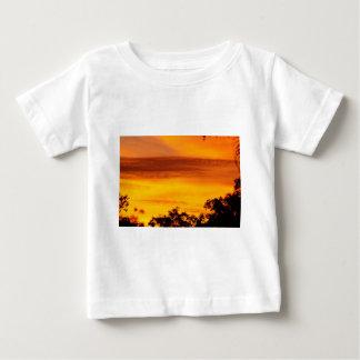 SUNSET IN RURAL QUEENSLAND AUSTRALIA T SHIRT