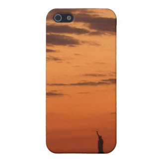 Sunset New York Harbor and Statue of Liberty USA Cover For iPhone SE/5/5s