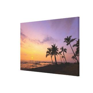 Sunset on Kahaluu Bay in Kona,Hawaii 2 Canvas Print