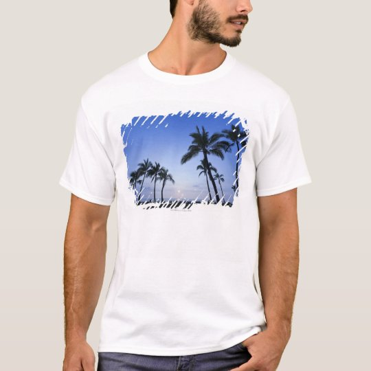 Sunset on Kahaluu Bay in Kona,Hawaii T-Shirt