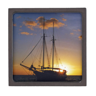 Sunset on the Great Barrier Reef Premium Gift Box