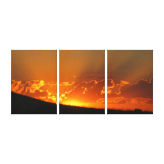 Sunset On The Horizon Wrapped Canvas Canvas Print