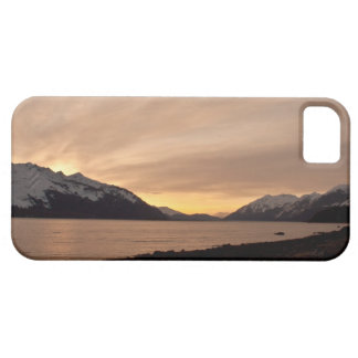 Sunset Over Cannery Bay iPhone SE/5/5s Case