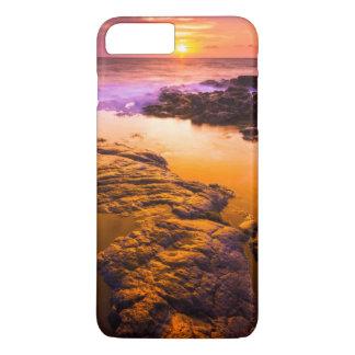 Sunset over tide pools, Hawaii iPhone 8 Plus/7 Plus Case