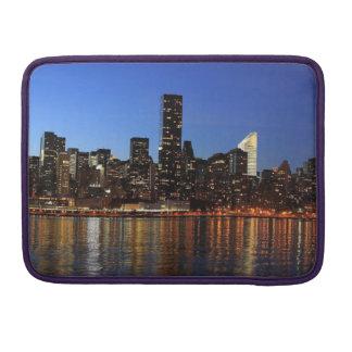 Sunseting on New York - Macbook Pro Sleeve