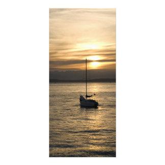 SunsetSailboat051709 Lona Personalizada