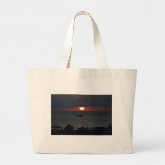 Sunsetting sobre el lago Michigan Bolsas