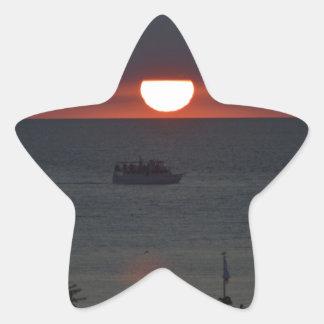 Sunsetting sobre el lago Michigan Pegatina En Forma De Estrella