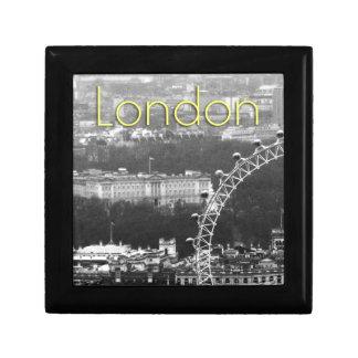 Super! Buckingham Palace London Jewelry Box