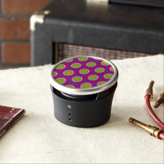 Super cool combination of pink blue green pattern speaker
