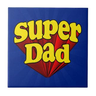 Super héroe azul amarillo rojo del día de padre azulejo cuadrado pequeño