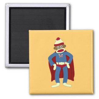 Super héroe del mono del calcetín imán cuadrado