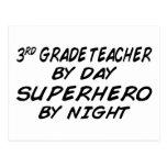 Super héroe por la noche - 3ro grado postal