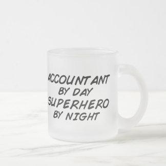 Super héroe por noche - contable tazas de café