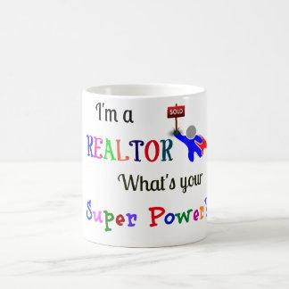 Super héroe/superpoder del agente inmobiliario taza de café