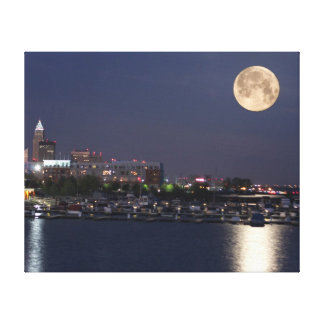Super Moon Setting in Cleveland, Ohio Stretched Canvas Prints