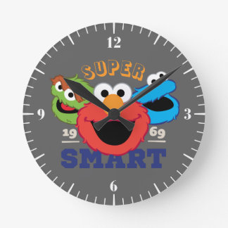 Super Smart Characters Round Clock