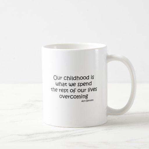 Superación de nuestra cita de la niñez taza clásica