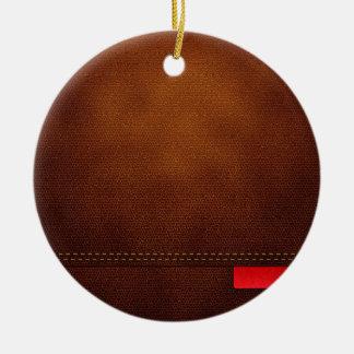 Superficie de cuero de Brown con la etiqueta roja Adorno Navideño Redondo De Cerámica