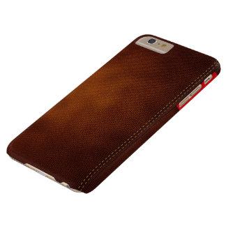 Superficie de cuero de Brown con la etiqueta roja Funda Barely There iPhone 6 Plus