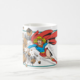 Supergirl destruye Boulder Taza Básica Blanca
