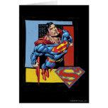 Superhombre con el fondo colorido tarjeta de felicitación