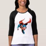 Superhombre que se mueve adelante camisetas