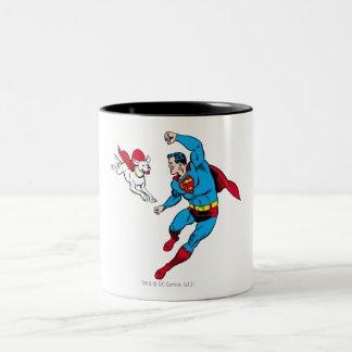 Superhombre y Krypto 2 Taza De Café De Dos Colores