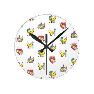 Superlambananas! Round Clock