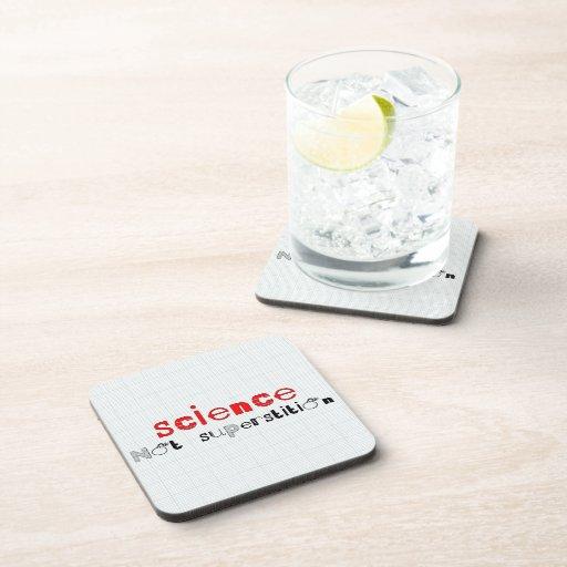 Superstición de la ciencia no posavasos de bebida