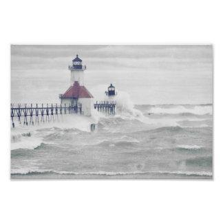 Superstorm del faro del lago Michigan del chapoteo Impresion Fotografica