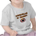 Supervillian en el entrenamiento camiseta