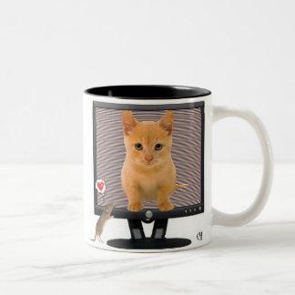 Supervise el gatito taza de dos tonos
