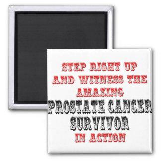 Superviviente asombroso del cáncer de próstata en  iman de nevera