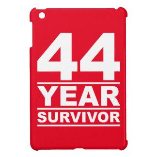 superviviente de 44 años