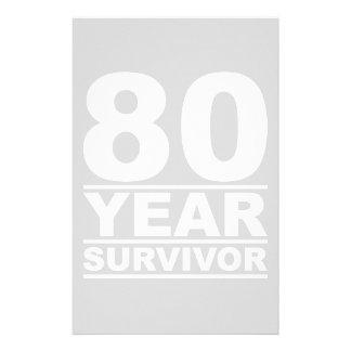 superviviente de 80 años papelería