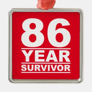 superviviente de 86 años adorno navideño cuadrado de metal