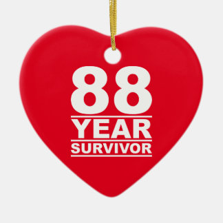 superviviente de 88 años adorno navideño de cerámica en forma de corazón