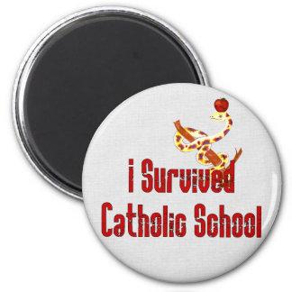 Superviviente de la escuela católica imán redondo 5 cm