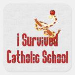 Superviviente de la escuela católica pegatina cuadrada