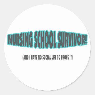 Superviviente de la escuela de enfermería (y yo no etiqueta redonda