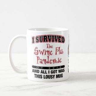Superviviente de la gripe de los cerdos taza clásica