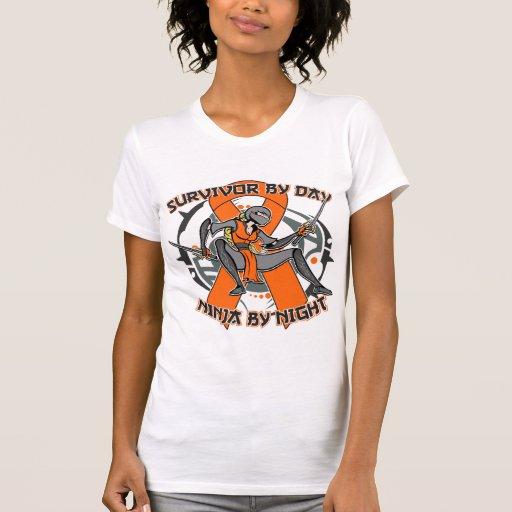 Superviviente de la leucemia por el día Ninja por Camiseta