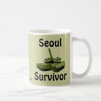 Superviviente de Seul Taza Básica Blanca