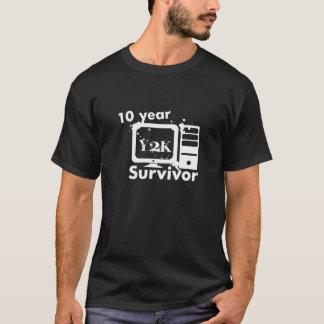Superviviente de Y2K de 10 años Playera