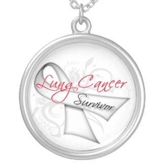 Superviviente del cáncer de pulmón collar