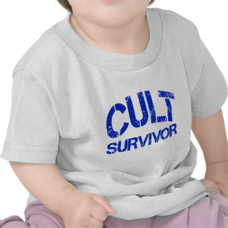 Superviviente del culto camiseta