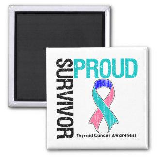 Superviviente orgulloso - cáncer de tiroides imán cuadrado