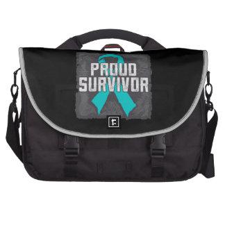 Superviviente orgulloso del cáncer peritoneal bolsas de portatil